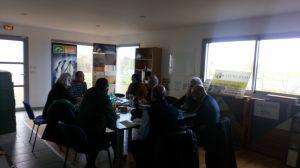 Visite ce matin chez VIVRE ECO : François BONNEAU, Président de la Région Centre, Sandrine TRICOT, Conseillère Régionale, Karine Gloanec Maurin, Ex-Députée Européenne, Grégory GABORET, Conseiller au cabinet, en présence de Michel DENIAU, Maire d'EPUISAY. Débats sur l'Ossature Bois, la Rénovation Energétique, les plates-forme de rénovation, la formation des apprentis et artisans, les financements, la protection des particuliers, les projets de développement économique sur Epuisay,... avant un passage chez COBAT, avec Stephane Fernande et Nicolas Nicolas Causse.